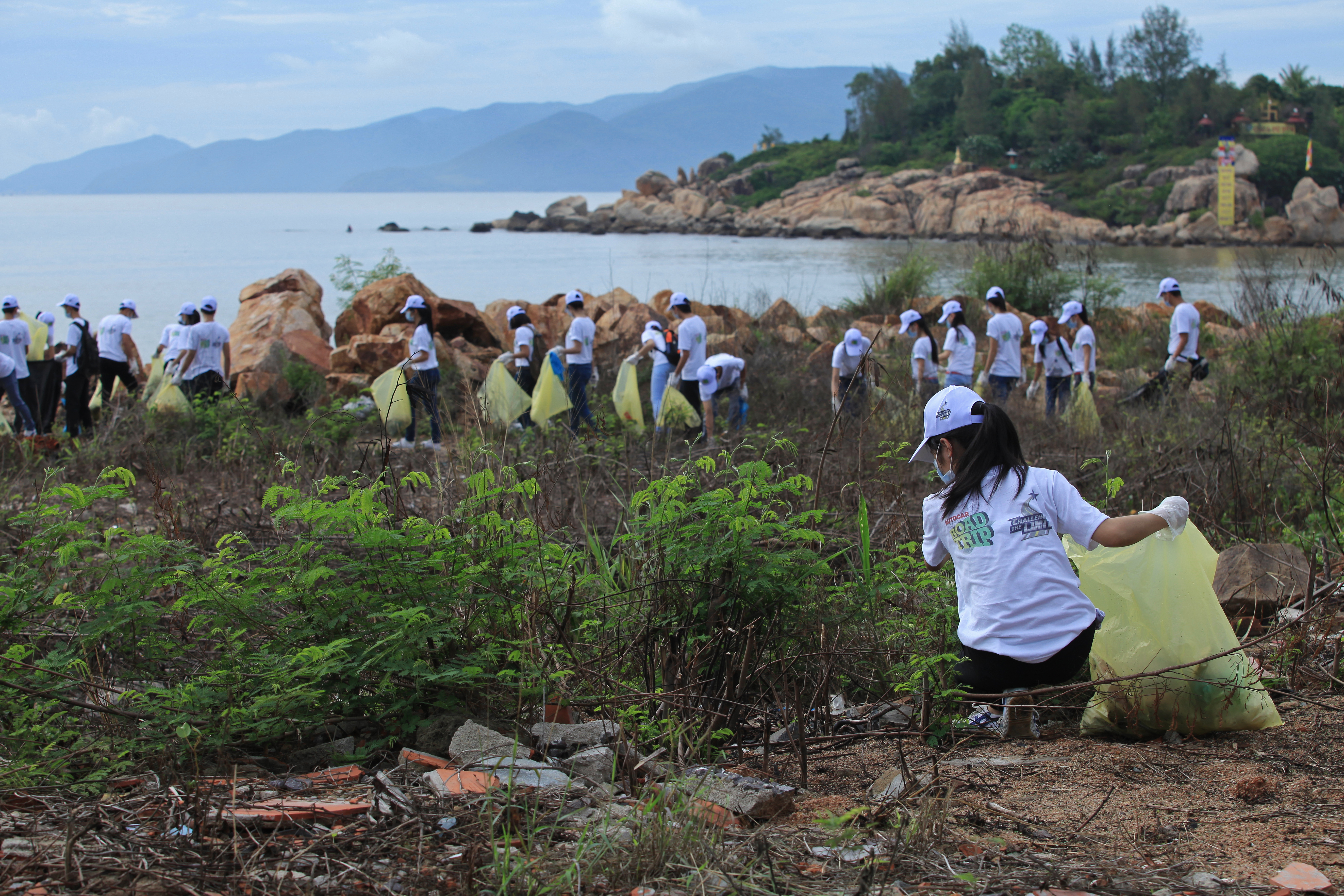 The big beach and ocean clean up in Thailand, 2014