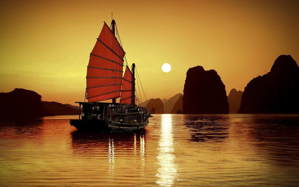 AN IDYLLIC VOYAGE THROUGH HA LONG BAY