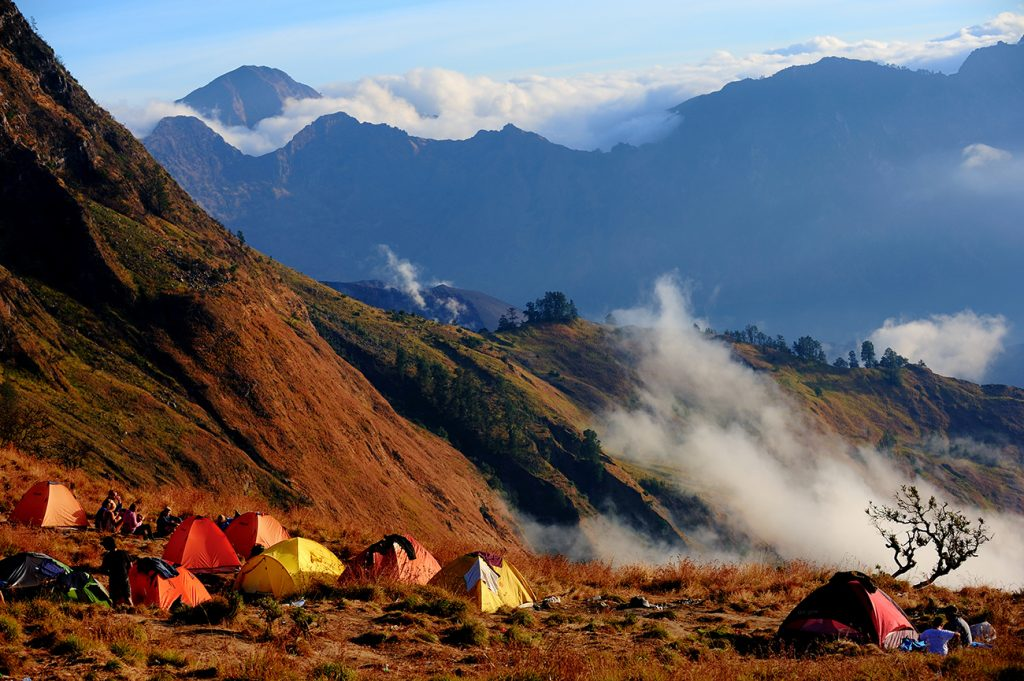 Mt Rinjani camp