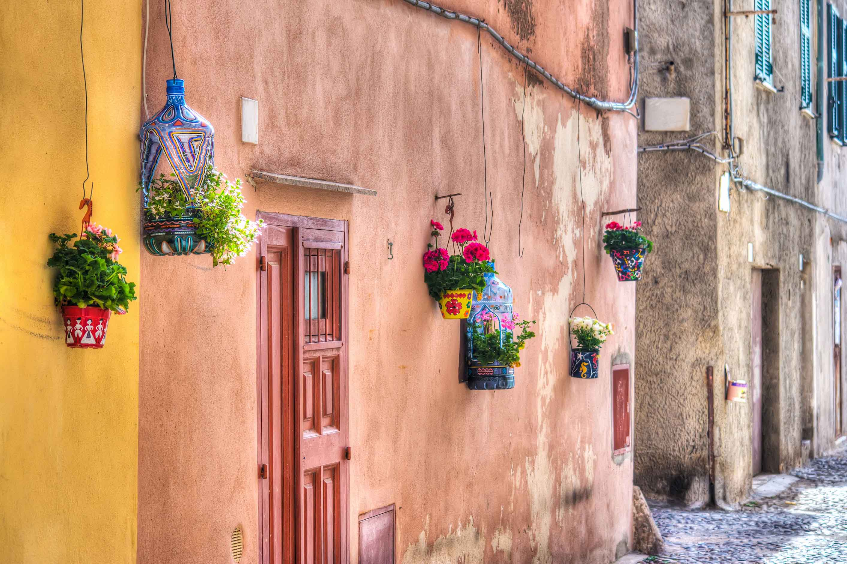 A PERFECT DAY IN ALGHERO (FOR HOPELESS ROMANTICS)