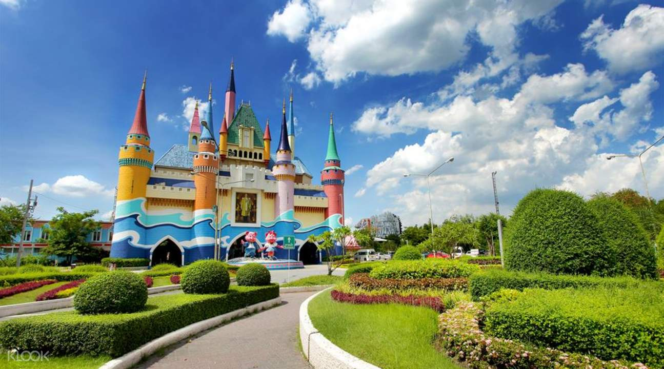 TOP 7 THEME PARKS IN BANGKOK