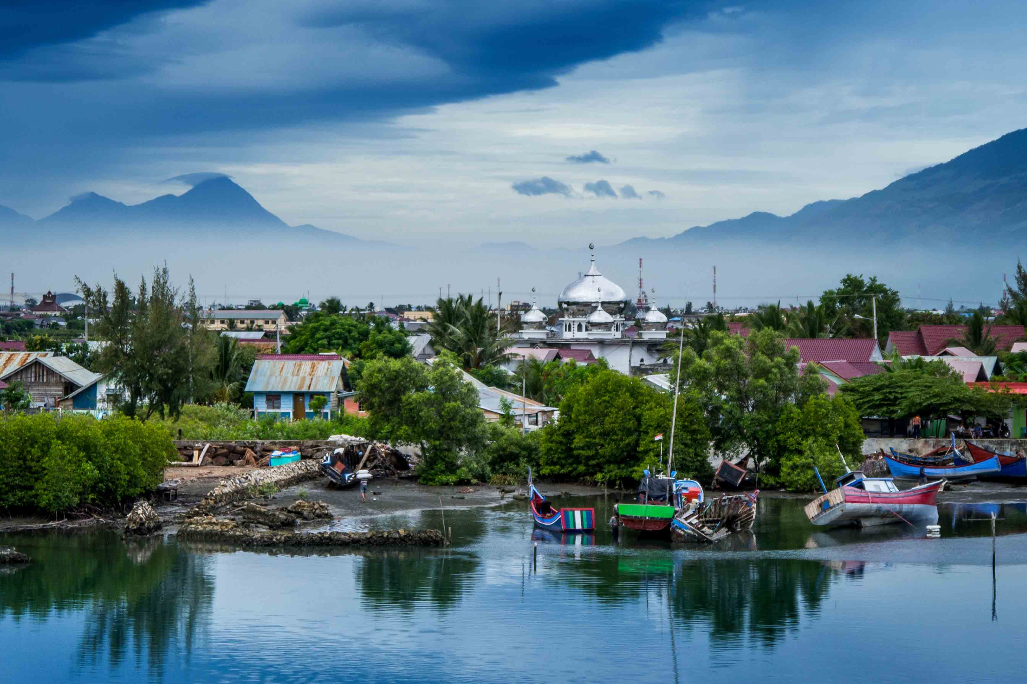 ACEH 'THE TROUBLED BEAUTY OF SUMATRA'