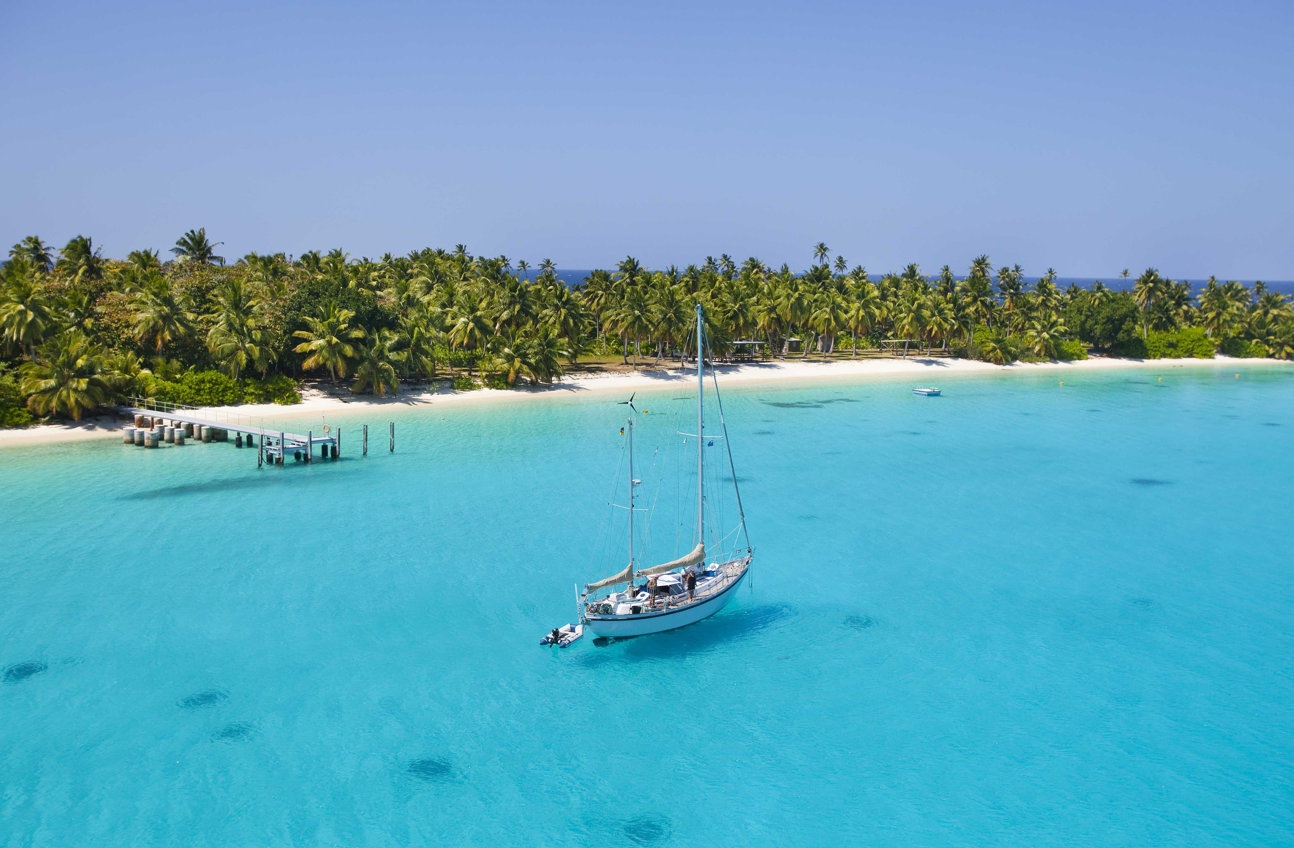 AUSTRALIA`S 11 HOTTEST ISLAND ESCAPES